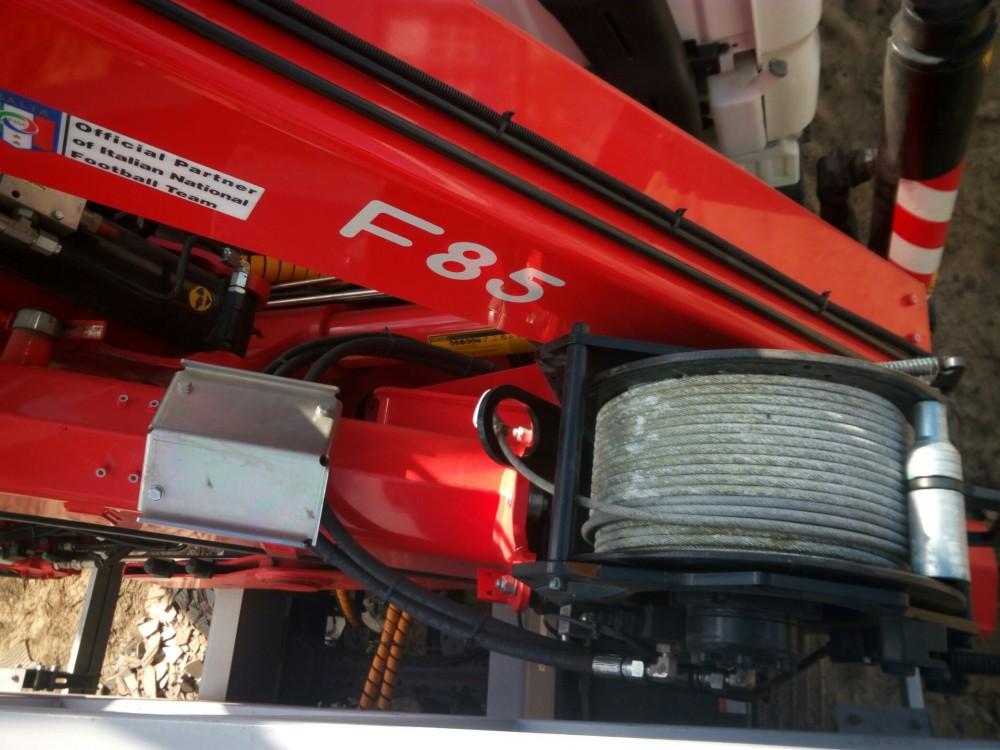 F85 V9.jpg